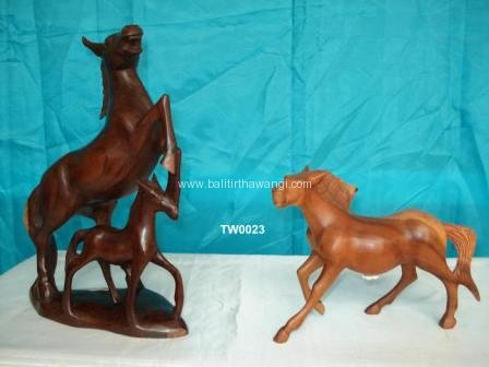Standing Horse with baby<br>TW0023
