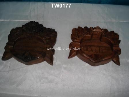 Barong ashtray<br>TW0177