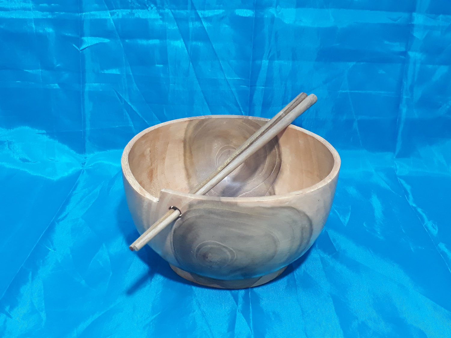 Bowl with Cabstick<br>TW0490